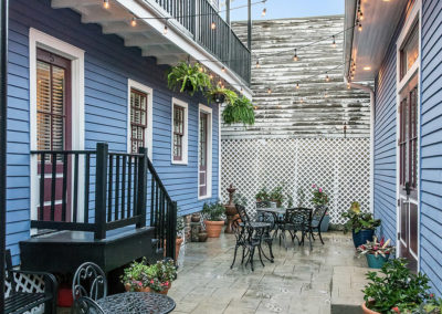 Kerlerec+-+courtyard+balcony